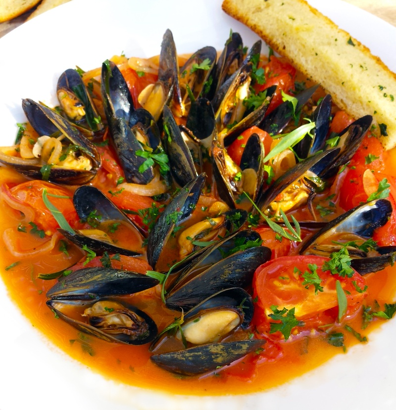 Mussels in White Wine and Tarragon Tomato Broth
